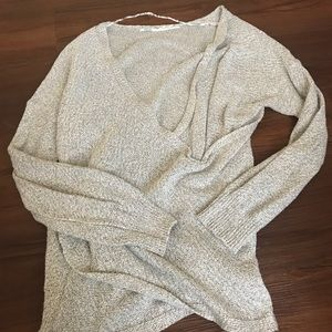 Urban Outfitters gray long sleeve sweater small